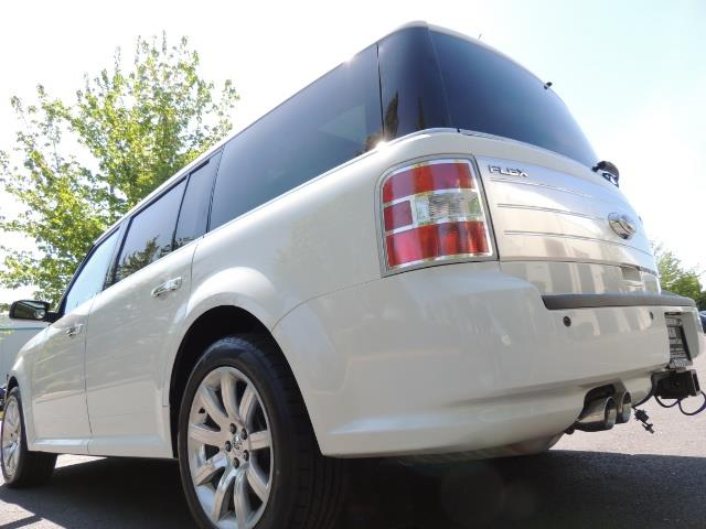 2010 Ford Flex Limited / AWD / Third Seat / Navigation / Leather - Photo 11 - Portland, OR 97217
