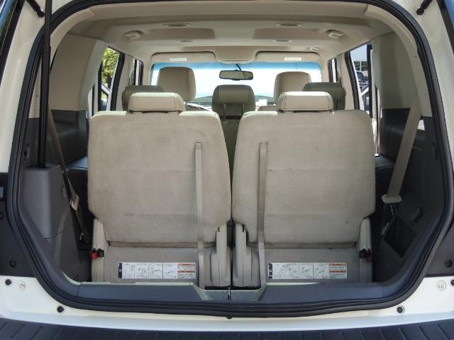 2010 Ford Flex Limited / AWD / Third Seat / Navigation / Leather - Photo 28 - Portland, OR 97217