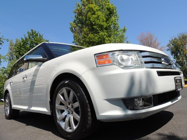 2010 Ford Flex Limited / AWD / Third Seat / Navigation / Leather - Photo 10 - Portland, OR 97217