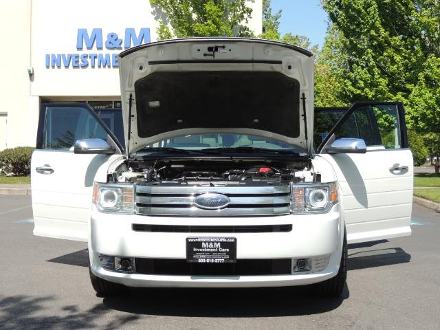 2010 Ford Flex Limited / AWD / Third Seat / Navigation / Leather - Photo 32 - Portland, OR 97217