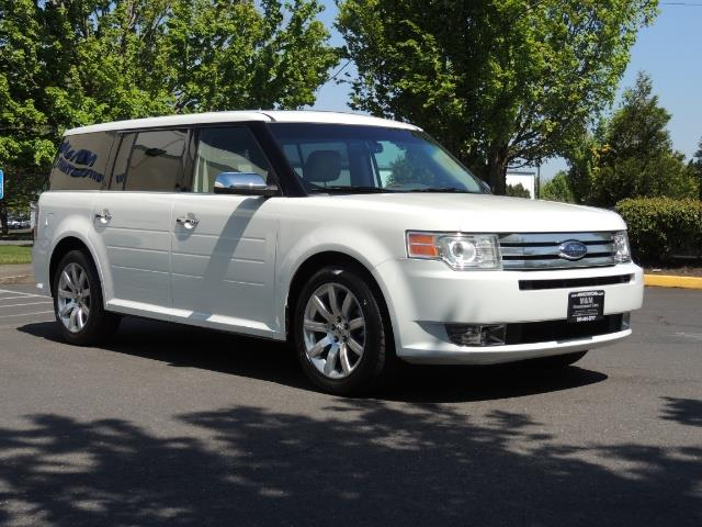 2010 Ford Flex Limited / AWD / Third Seat / Navigation / Leather - Photo 2 - Portland, OR 97217