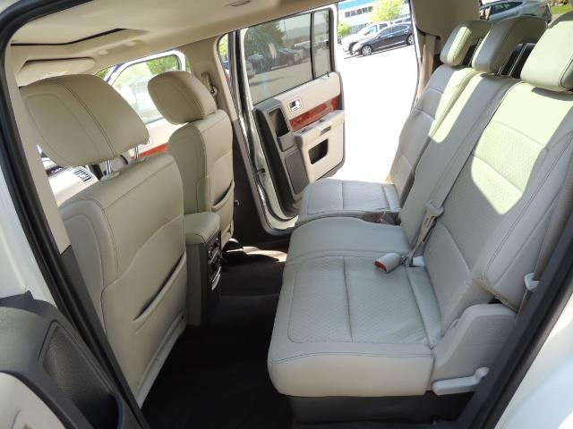 2010 Ford Flex Limited / AWD / Third Seat / Navigation / Leather - Photo 15 - Portland, OR 97217
