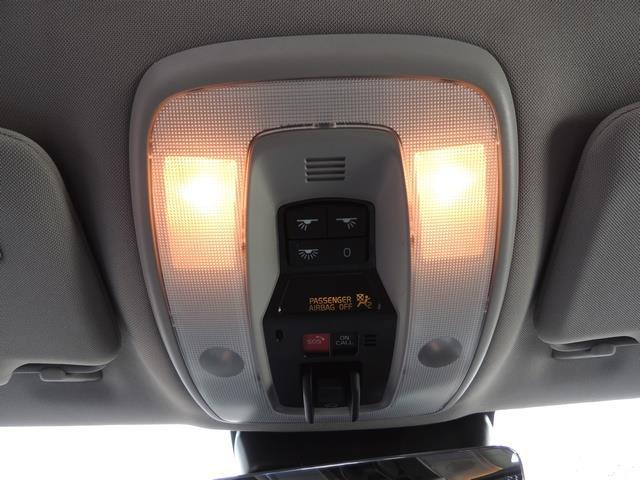 2017 Volvo V60 T5 Premier/ Leather / Heated Seats / Navigation - Photo 37 - Portland, OR 97217