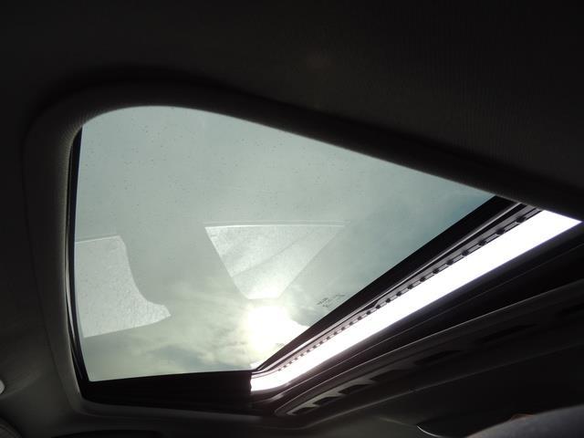 2017 Volvo V60 T5 Premier/ Leather / Heated Seats / Navigation - Photo 22 - Portland, OR 97217