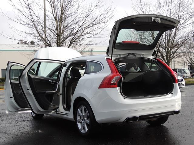 2017 Volvo V60 T5 Premier/ Leather / Heated Seats / Navigation - Photo 27 - Portland, OR 97217