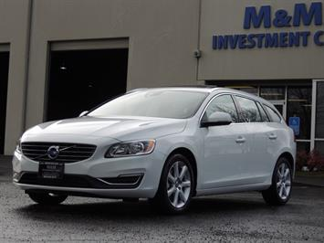 2017 Volvo V60 T5 Premier/ Leather / Heated Seats / Navigation