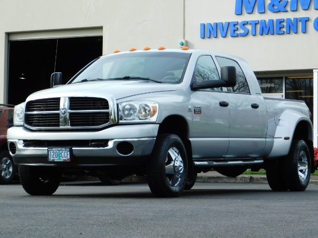 2007 Dodge Ram 3500 SLT / 4X4 / MEGACAB / DUALLY / 5.9L DIESEL / LOW M - Photo 41 - Portland, OR 97217