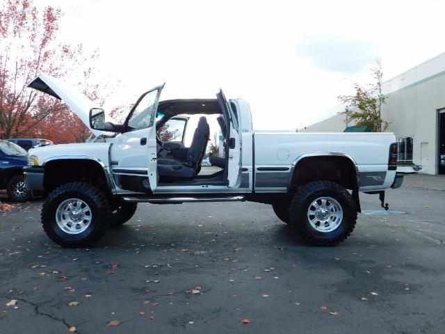 1998 Dodge Ram 2500 Laramie SLT 4dr / 4X4 / 5.9L DIESEL / 5-SPEED MANU - Photo 19 - Portland, OR 97217