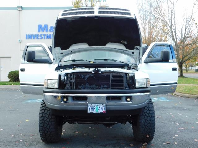 1998 Dodge Ram 2500 Laramie SLT 4dr / 4X4 / 5.9L DIESEL / 5-SPEED MANU - Photo 30 - Portland, OR 97217