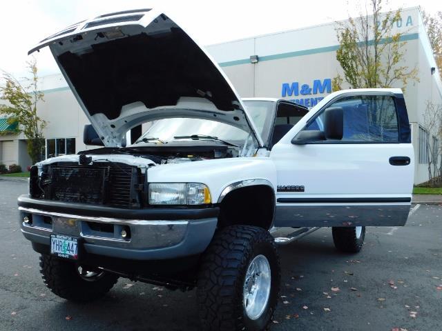 1998 Dodge Ram 2500 Laramie SLT 4dr / 4X4 / 5.9L DIESEL / 5-SPEED MANU - Photo 25 - Portland, OR 97217