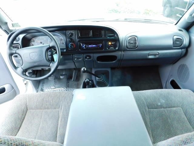 1998 Dodge Ram 2500 Laramie SLT 4dr / 4X4 / 5.9L DIESEL / 5-SPEED MANU - Photo 37 - Portland, OR 97217