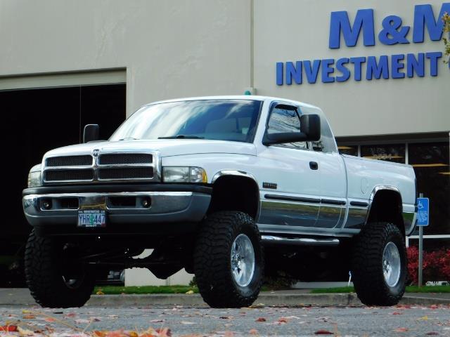 1998 Dodge Ram 2500 Laramie SLT 4dr / 4X4 / 5.9L DIESEL / 5-SPEED MANU - Photo 44 - Portland, OR 97217