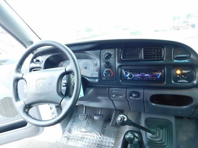 1998 Dodge Ram 2500 Laramie SLT 4dr / 4X4 / 5.9L DIESEL / 5-SPEED MANU - Photo 20 - Portland, OR 97217