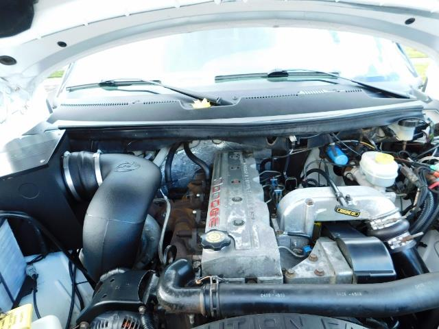 1998 Dodge Ram 2500 Laramie SLT 4dr / 4X4 / 5.9L DIESEL / 5-SPEED MANU - Photo 31 - Portland, OR 97217