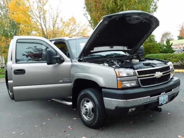 2007 Chevrolet Silverado 3500 Classic LT3 4dr Crew Cab / 4X4 / 6.6L DURAMAX / DUALLY/LBZ - Photo 31 - Portland, OR 97217