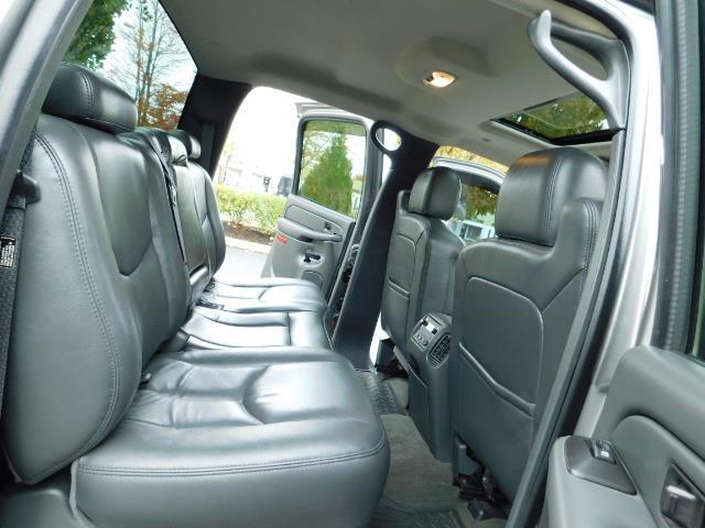 2007 Chevrolet Silverado 3500 Classic LT3 4dr Crew Cab / 4X4 / 6.6L DURAMAX / DUALLY/LBZ - Photo 15 - Portland, OR 97217