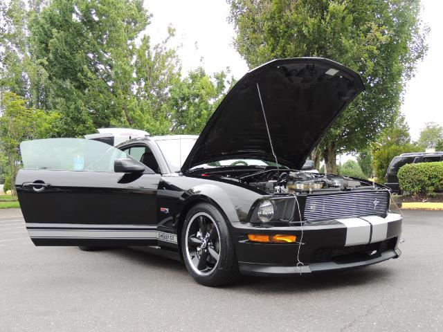 2007 Ford Mustang GT Premium / 5-SPEED / SHELBY PKG / 38K MILES - Photo 33 - Portland, OR 97217