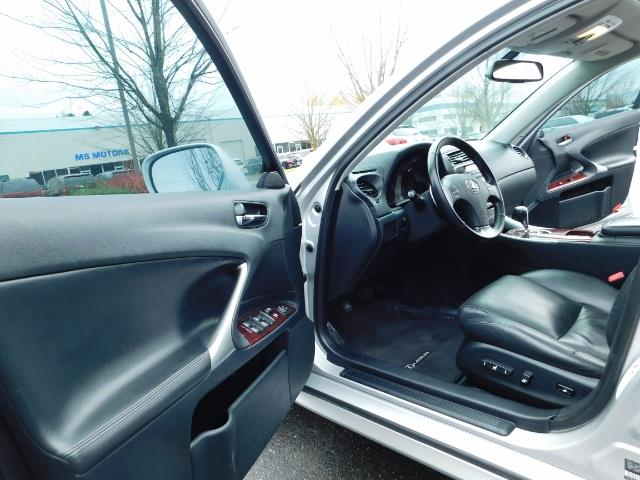 2006 Lexus IS 250 / Leather / Heated seats / Premium Wheels - Photo 13 - Portland, OR 97217