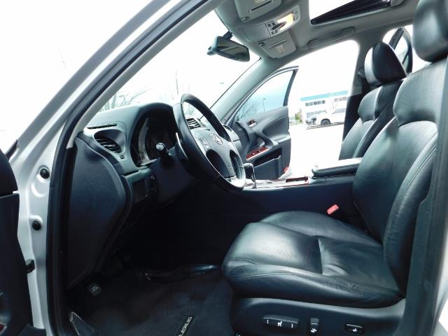 2006 Lexus IS 250 / Leather / Heated seats / Premium Wheels - Photo 14 - Portland, OR 97217