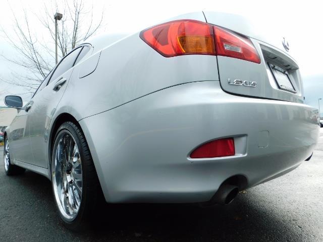 2006 Lexus IS 250 / Leather / Heated seats / Premium Wheels - Photo 12 - Portland, OR 97217