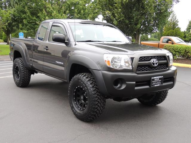 2011 Toyota Tacoma Sr5 4x4 5 Speed Manual Lifted Lifted