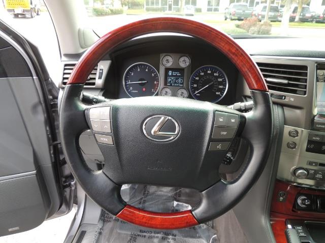 2010 Lexus LX 570 / AWD / Navi / Backup / Third Seat / 1-OWNER - Photo 39 - Portland, OR 97217