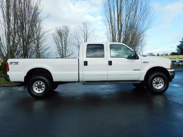 2001 Ford F-350 Super Duty Lariat / 4X4 / 7.3L DIESEL / LIFTED - Photo 4 - Portland, OR 97217