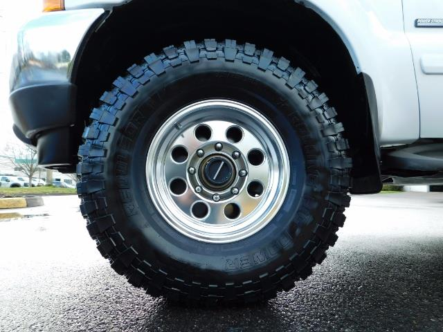 2001 Ford F-350 Super Duty Lariat / 4X4 / 7.3L DIESEL / LIFTED - Photo 23 - Portland, OR 97217