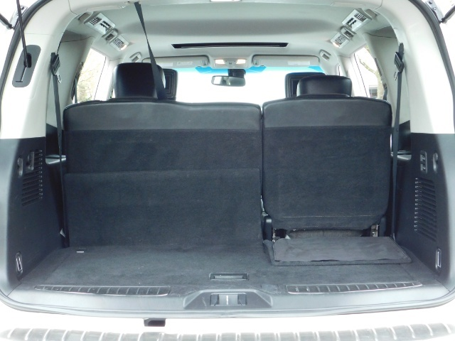 2012 Infiniti QX56 Sport Utility / 4WD / LOADED / 1-OWNER / Excel Con - Photo 29 - Portland, OR 97217