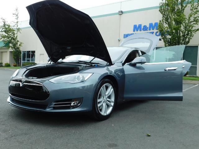 2013 Tesla Model S Tech Package / Smart Suspention / Leather / heated - Photo 25 - Portland, OR 97217