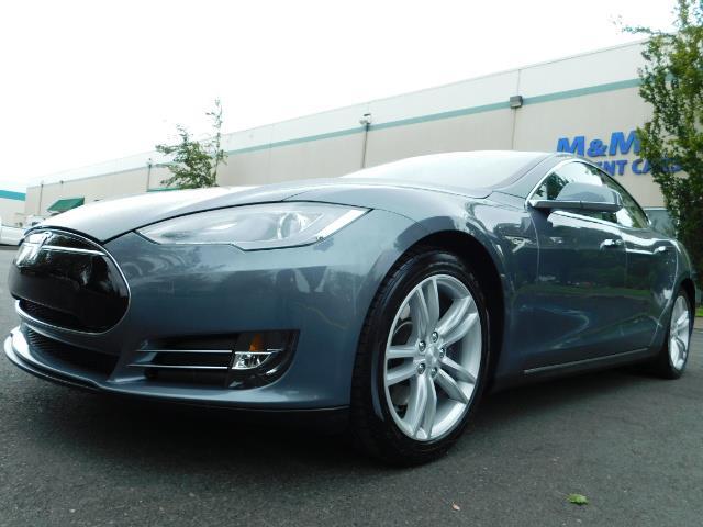 2013 Tesla Model S Tech Package / Smart Suspention / Leather / heated - Photo 9 - Portland, OR 97217