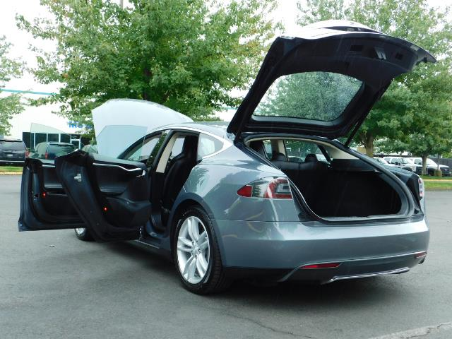 2013 Tesla Model S Tech Package / Smart Suspention / Leather / heated - Photo 27 - Portland, OR 97217