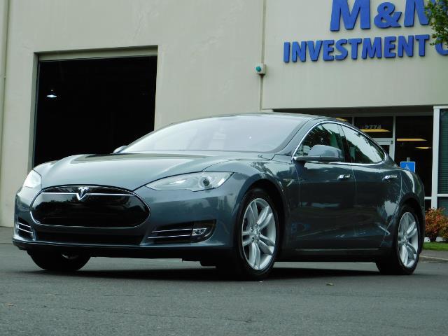 2013 Tesla Model S Tech Package / Smart Suspention / Leather / heated - Photo 44 - Portland, OR 97217
