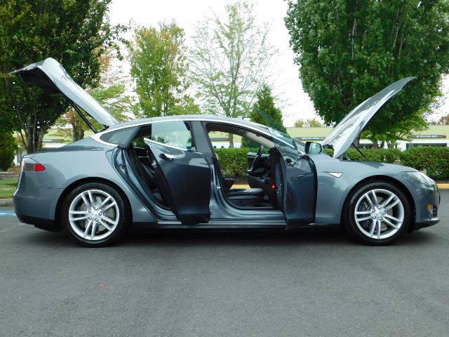 2013 Tesla Model S Tech Package / Smart Suspention / Leather / heated - Photo 29 - Portland, OR 97217