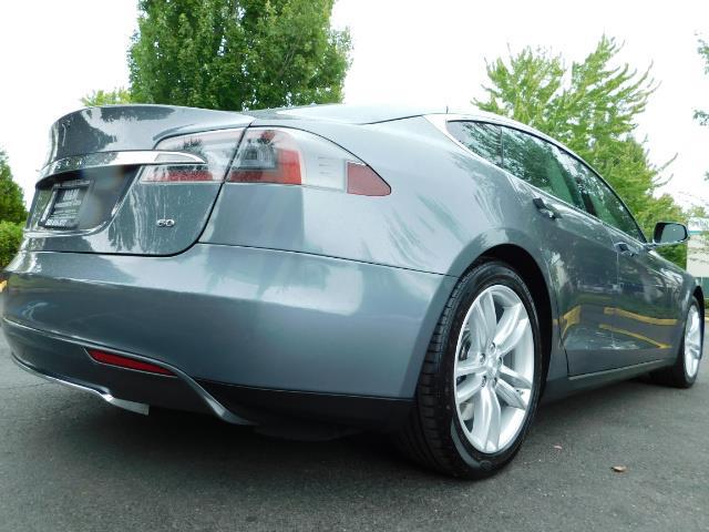 2013 Tesla Model S Tech Package / Smart Suspention / Leather / heated - Photo 12 - Portland, OR 97217