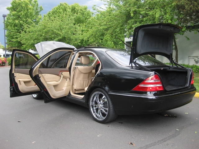 Amazing 2001 Mercedes Benz S430 Sedan LWB NAVIGATION / Leather/Custom Wheels    Photo 11