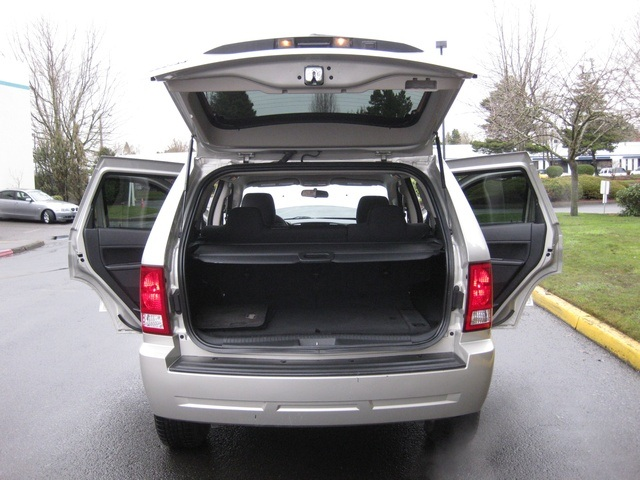2008 Jeep Grand Cherokee Laredo/4WD/6yl /1-Owner/Excel Cond - Photo 11 - Portland, OR 97217