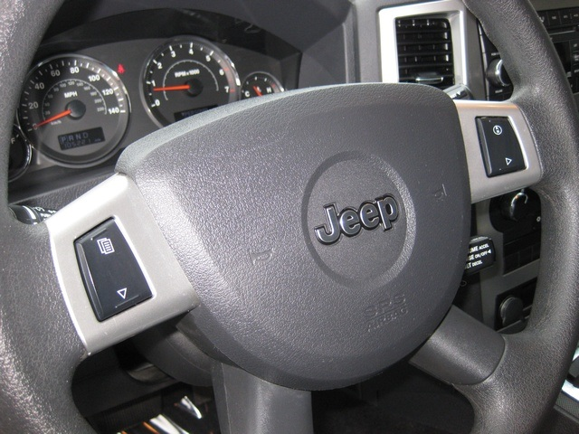 2008 Jeep Grand Cherokee Laredo/4WD/6yl /1-Owner/Excel Cond - Photo 27 - Portland, OR 97217