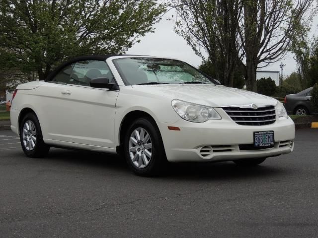 2009 Chrysler Sebring LX - Photo 2 - Portland, OR 97217