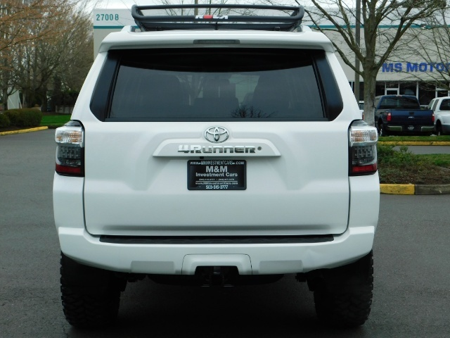 2016 Toyota 4Runner 4X4 V6 / NAVi / CAM / WARRANTY / LIFTED !! - Photo 6 - Portland, OR 97217