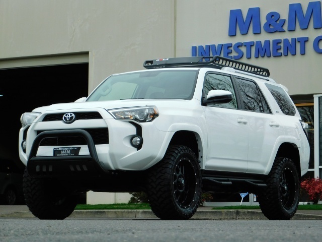 2016 Toyota 4Runner 4X4 V6 / NAVi / CAM / WARRANTY / LIFTED !! - Photo 1 - Portland, OR 97217