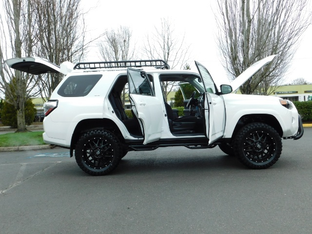 2016 Toyota 4Runner 4X4 V6 / NAVi / CAM / WARRANTY / LIFTED !! - Photo 22 - Portland, OR 97217