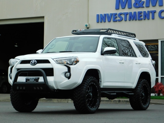 2016 Toyota 4Runner 4X4 V6 / NAVi / CAM / WARRANTY / LIFTED !! - Photo 41 - Portland, OR 97217