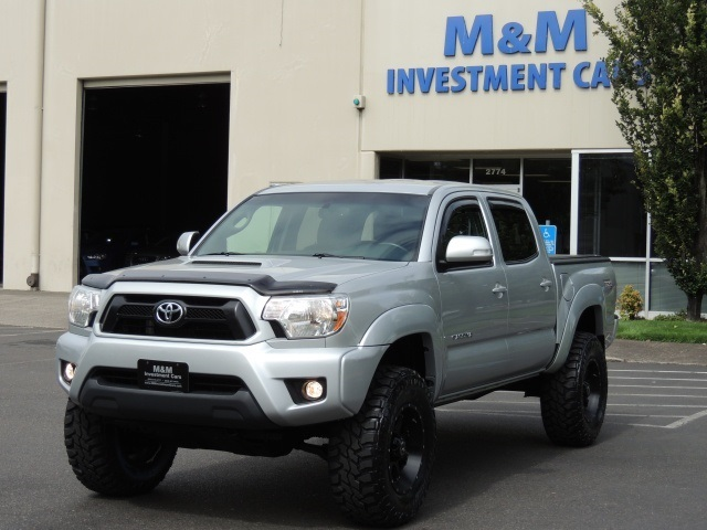 2013 Toyota Tacoma V6 / 4X4 / TRD Sport Pkg / LIFTED LIFTED   Photo 1