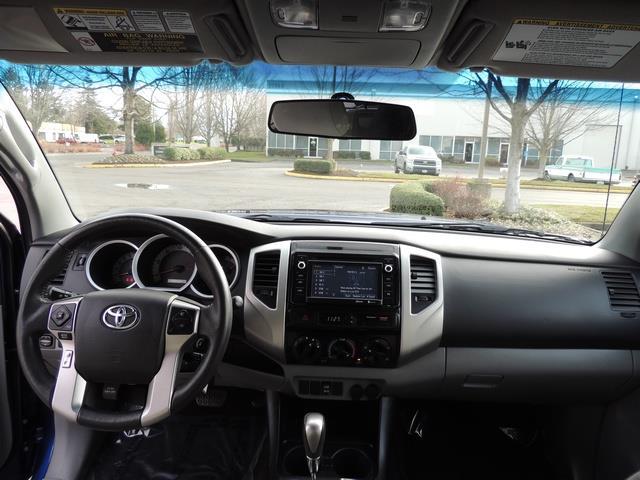 2014 Toyota Tacoma PreRunner V6 / Back up camera / 1-OWNER - Photo 35 - Portland, OR 97217