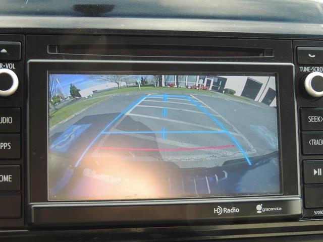 2014 Toyota Tacoma PreRunner V6 / Back up camera / 1-OWNER - Photo 21 - Portland, OR 97217