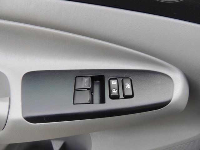 2014 Toyota Tacoma PreRunner V6 / Back up camera / 1-OWNER - Photo 34 - Portland, OR 97217