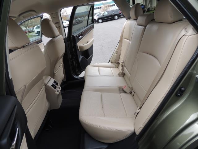 2016 Subaru Outback 2.5i Limited / Leather /BLIND SPOT / Backup camera - Photo 15 - Portland, OR 97217