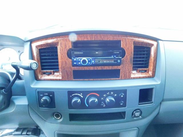 2006 Dodge Ram 2500 SLT Mega Cab / 4X4 / 5.9L Cummins Diesel / LIFTED - Photo 42 - Portland, OR 97217