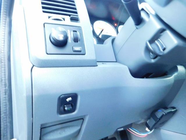 2006 Dodge Ram 2500 SLT Mega Cab / 4X4 / 5.9L Cummins Diesel / LIFTED - Photo 17 - Portland, OR 97217